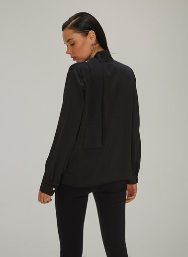 NGSTYLE Fular Bağlamalı Bluz Siyah